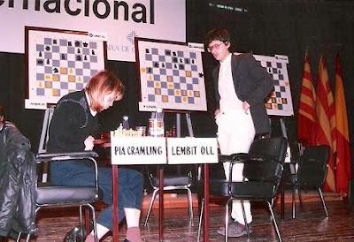 Partida de ajedrez Pia Cramling - Lembit Oll