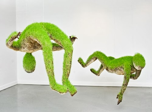 01-Mathilde-Roussel-Paris-Cycle-Of-Life-Lives-of-Grass-Soil-Wheat-Seeds-Recycled-Metal-&-Fabric-www-designstack-co