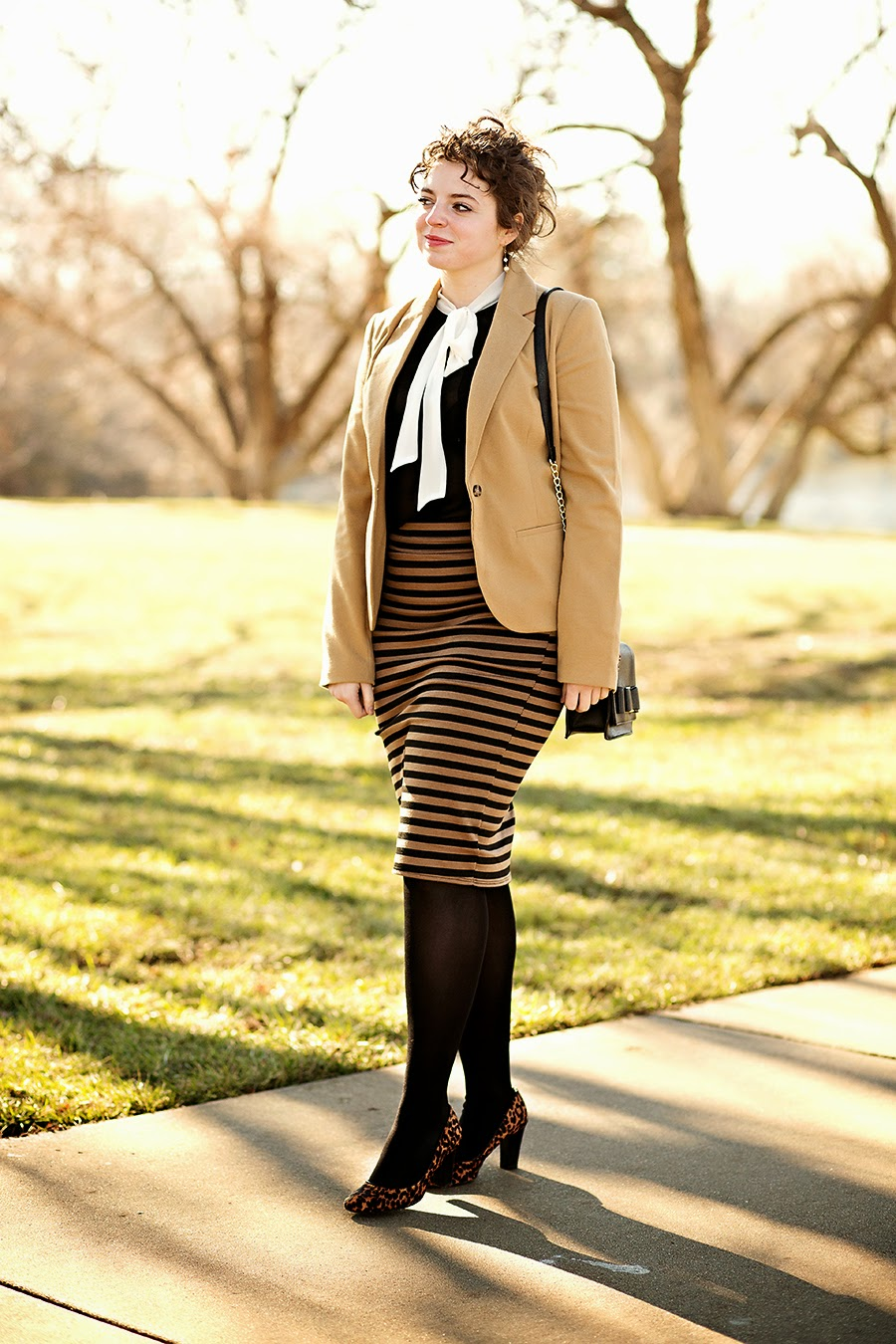 Tan and Black Professional Outfit // theadoredlife.com