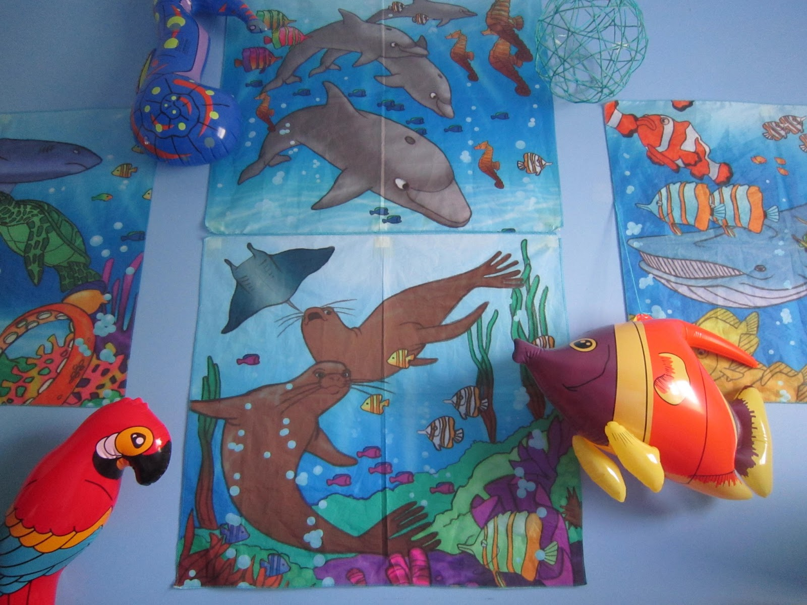 little townhome love under the sea bedroom update assorted inflatable sea creatures now hang on the wall with their painted fabric ocean murals