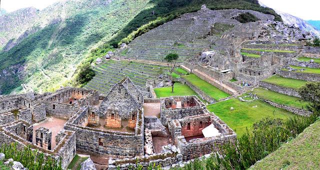 Holiday Fans travel the World RTW -family activities Budget Travel Machu Pitccu Peru
