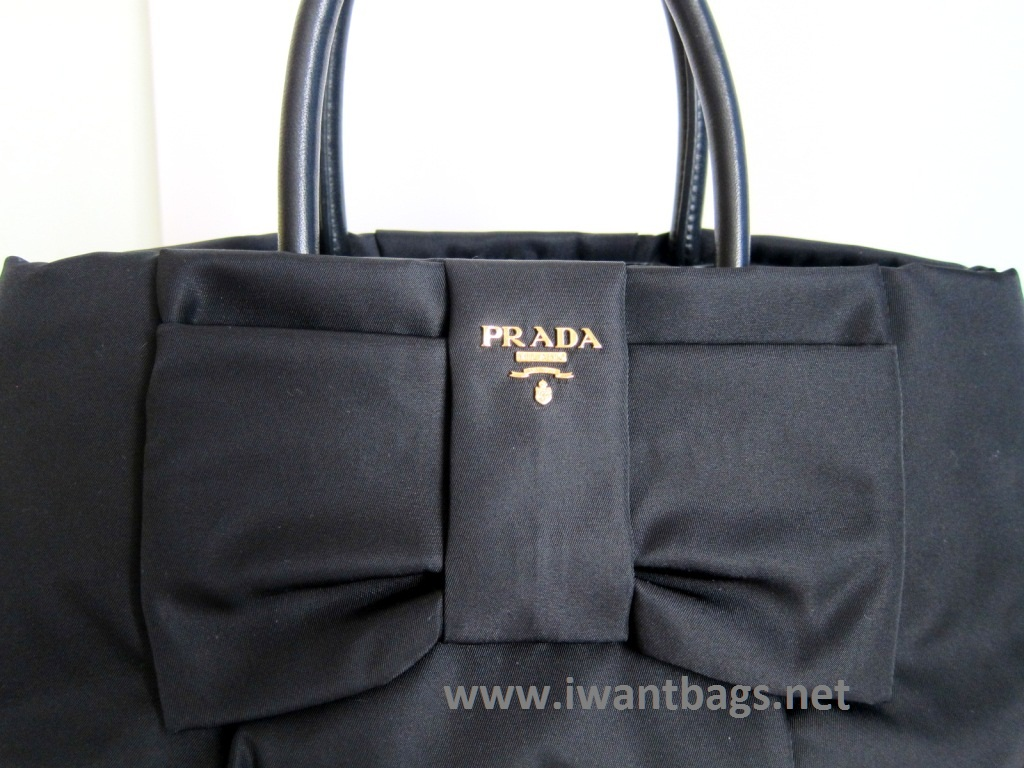 prada bow wristlet bag black nero