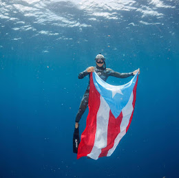 """De Cayey PR. Alexander Alvarado       """"El Buzo de la Bandera"""""""
