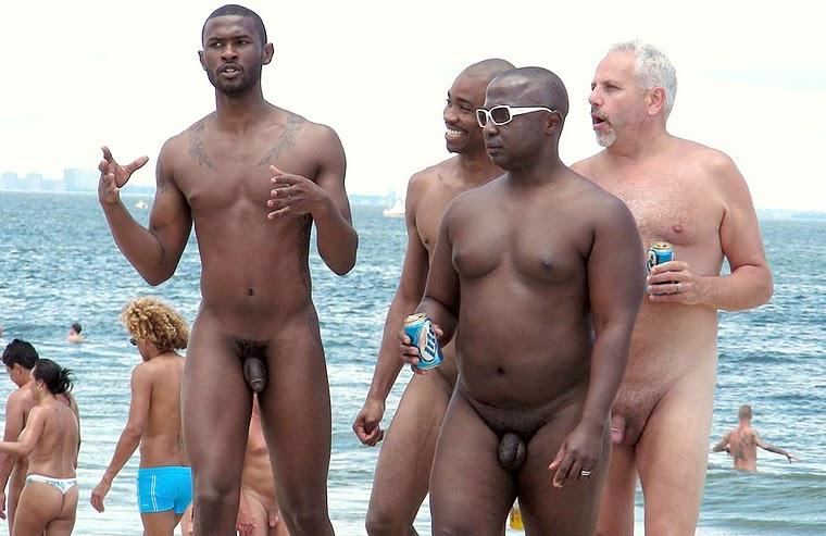 голі фото на пляже