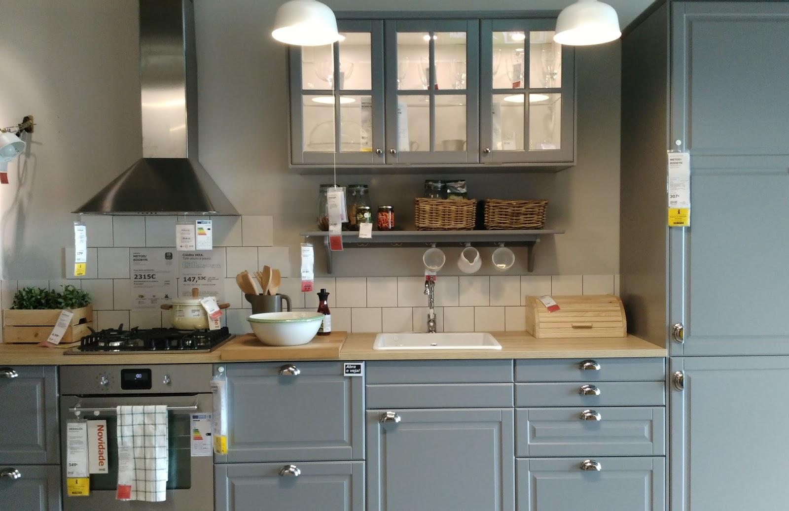 erva cidreira: a cozinha da vizinha é sempre melhor do que a minha #604C36 1600 1037