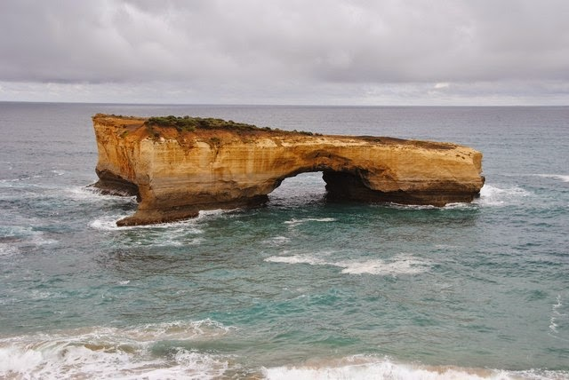 82. Great Ocean Road (Melbourne, Australia)