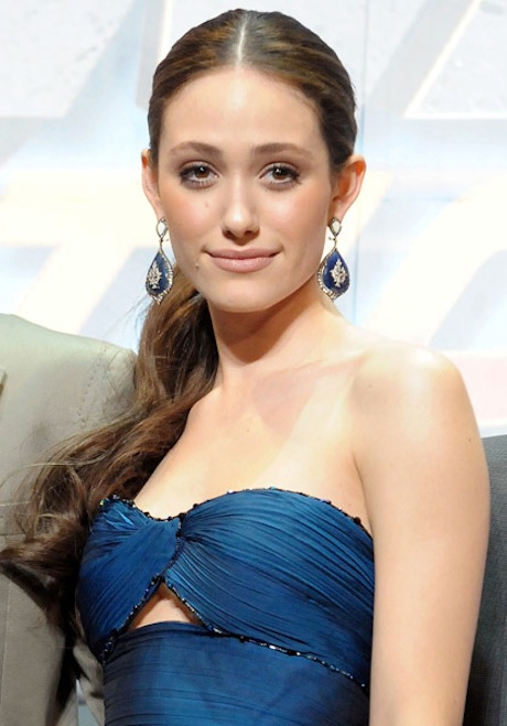 TOP 20 Celebrity Emmy Rossum Fashionable Hairstyles 13