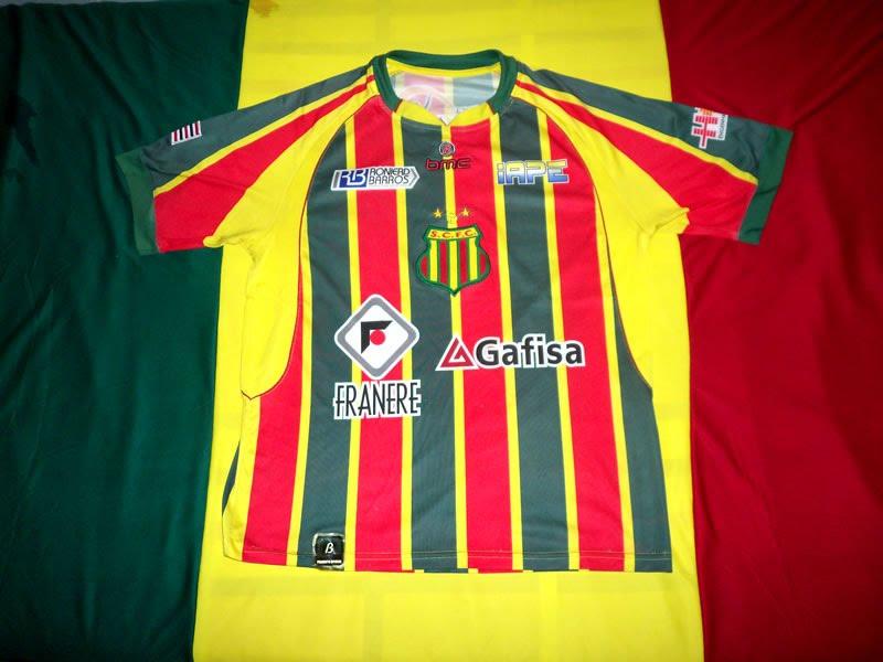 Deixo aqui neste post uma coleção de camisas do Sampaio Corrêa. A maioria  são camisas atuais a80baae38fe66