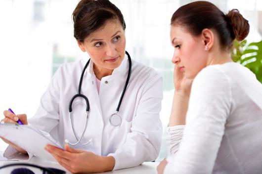 Liên hệ chuyên gia để được tư vấn về cách điều trị bệnh trĩ