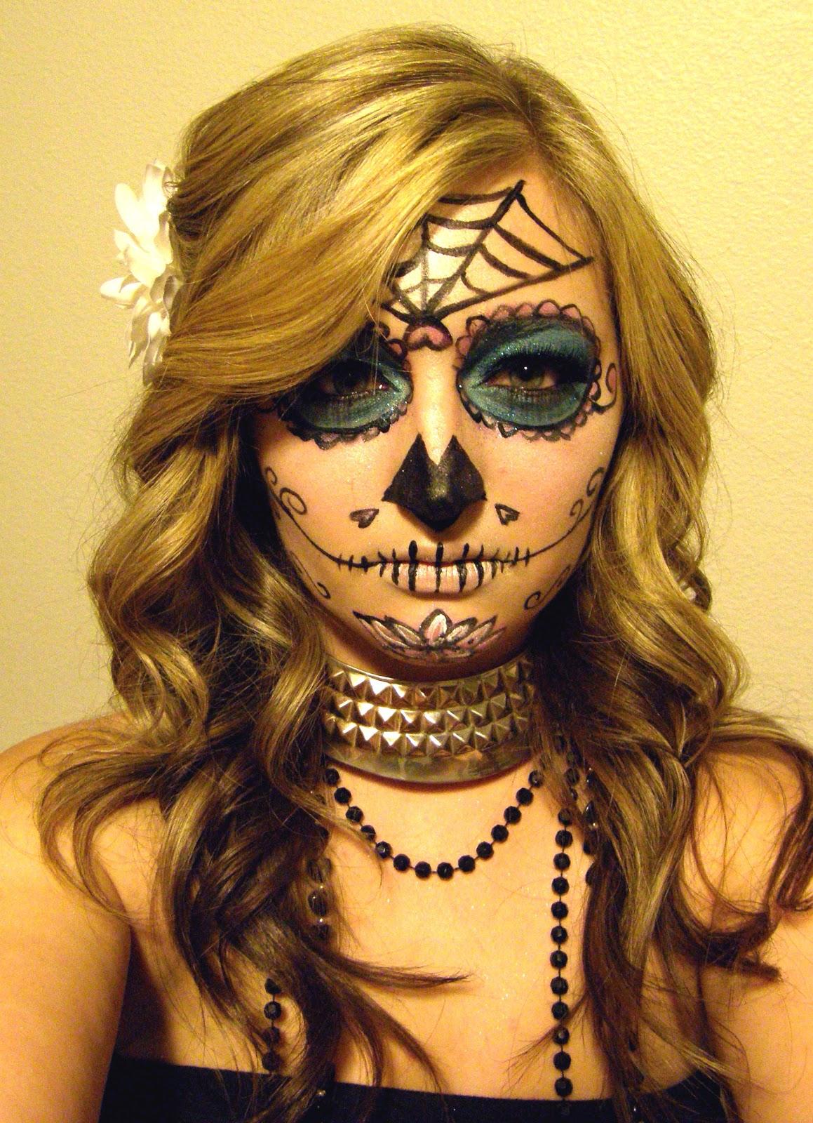Can Can Dancer: Día de los Muertos Makeup (with Kiss Ever PRO Lash ... Sugar Skulls Face Paint Black And White