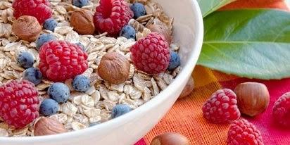 manfaat oatmeal untuk diet,oatmeal untuk bayi,oatmeal bagi ibu hamil,oatmeal untuk kecantikan,manfaat oatmeal untuk kolesterol,oatmeal untuk jerawat,oatmeal quaker,
