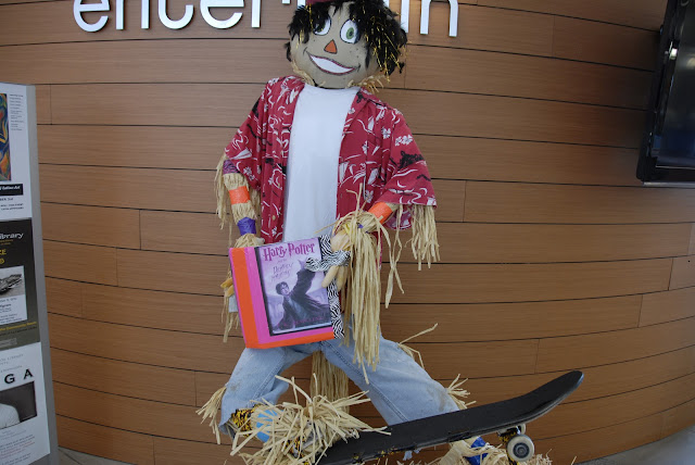 harry potter scarecrow