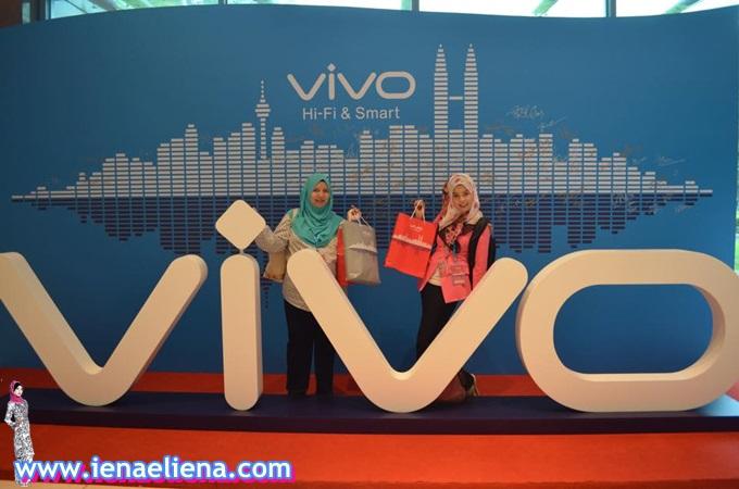 Majlis Pelancaran Vivo Malaysia 2015
