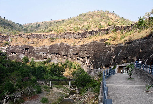 horse shoe shaped Ajanta Caves