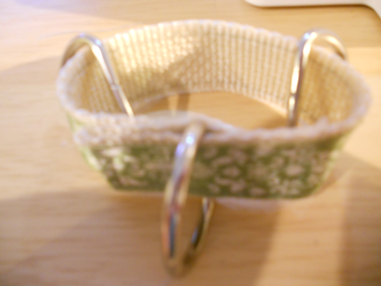 how to make a dog leash out of webbing