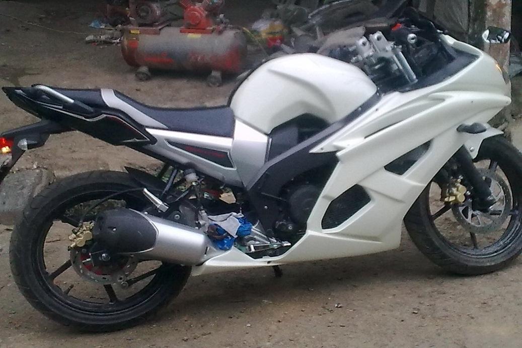 modifikasi byson menjadi motor sport  tahun ini