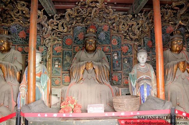 Hanging Monastery china