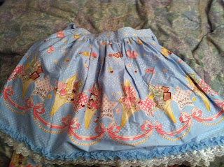 Bodyline ice cream skirt blue
