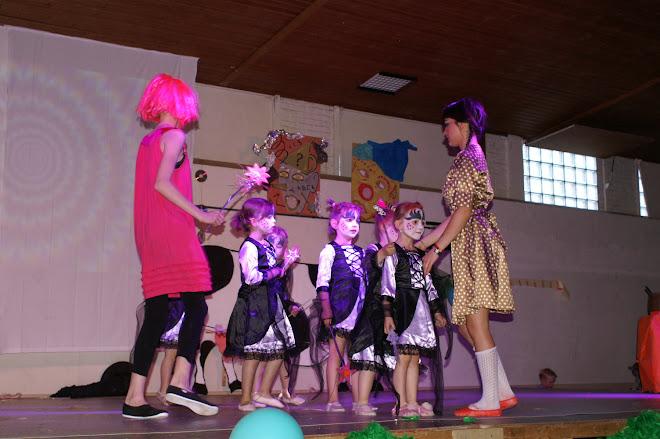 les petites magiciennes et leur magicienne Lola