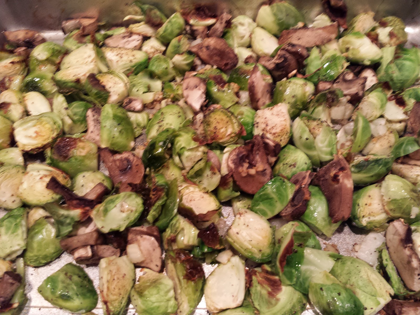 Deidra Penrose, brussel sprouts, mushrooms, clean eating, health and fitness coach, 7 star elite team beach body coach, healthy side dish recipe, healthy vegetables, weight loss, team beach body, 21 day fix recipe, t25 recipe, summer dish recipe, diet, beach body challenge