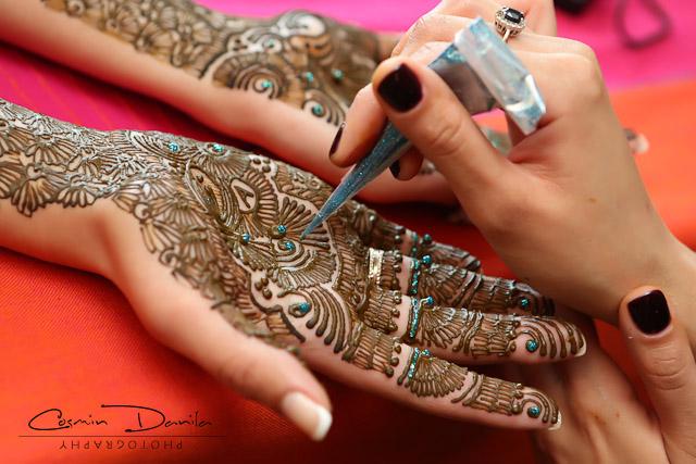 Mehndi Ceremony Punjabi : Simran aminder punjabi wedding traditions in calgary