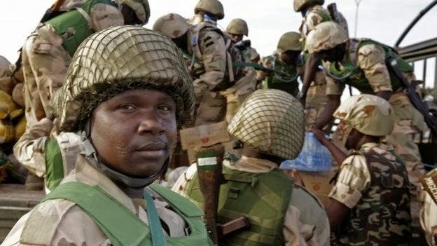 nigerian soldiers flee cameroon