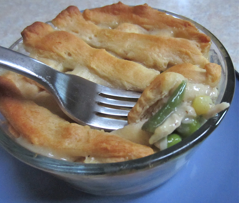 Little Mommy, Big Appetite: Skinny Mini Chicken Pot Pies