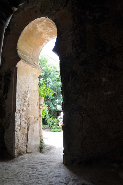 Green_Pear_Diaries_Palma_Mallorca_baños-arabes_Alexandra-Proaño