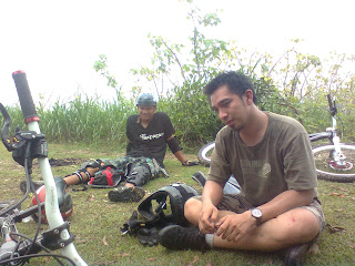Gowes di Gunung Sempu