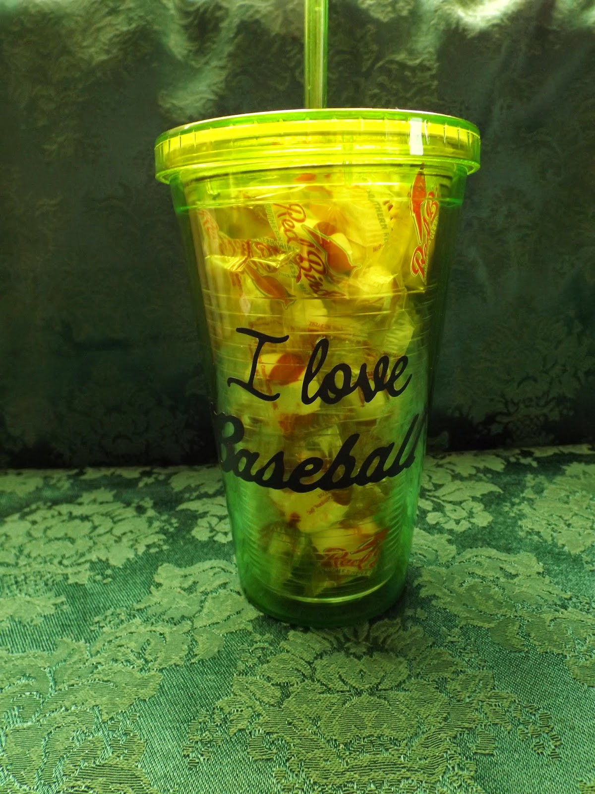 Vinyl Cup With Peppermints