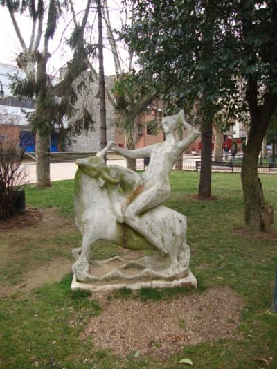 Patrimonio popular esculturas y monumentos o recuerdos en for Casillas para jardin