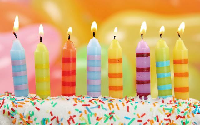foto taart verjaardag kaarsjes