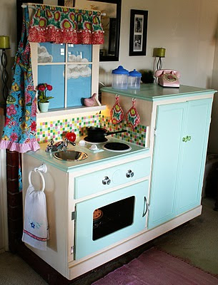 Dishfunctional designs old furniture upcycled into for Play kitchen designs