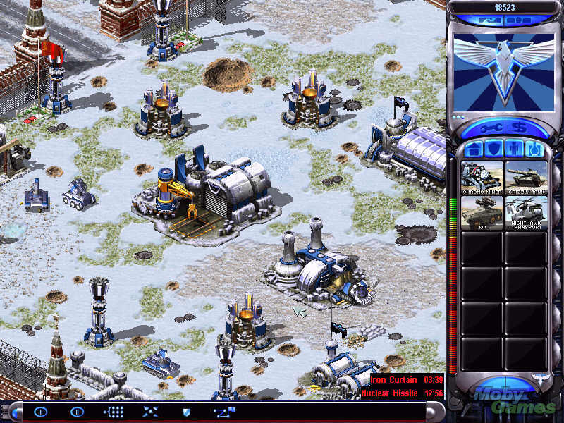 Command-&-Conquer-Red-Alert-2-Gameplay-1