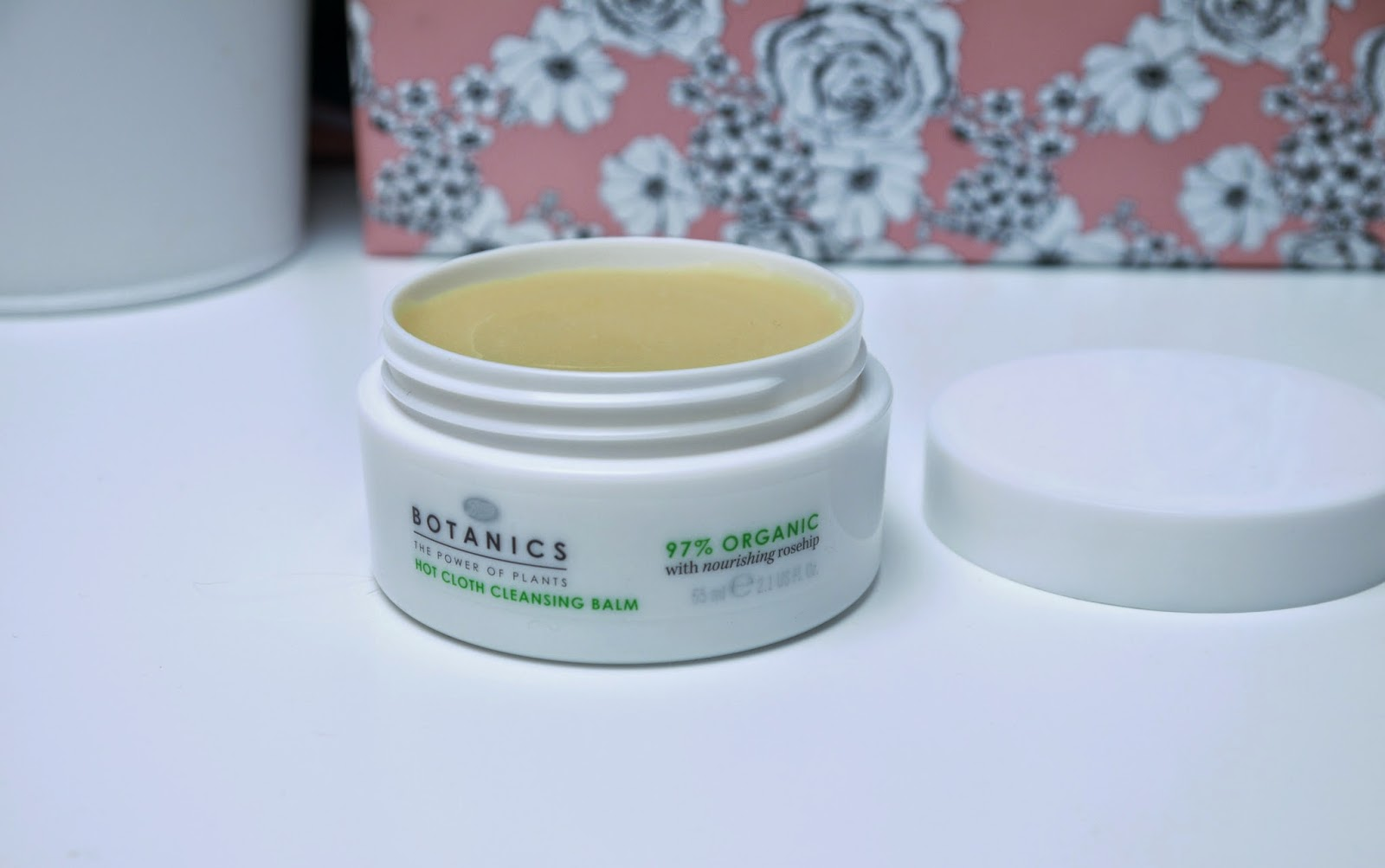 Boots_Botanics_Hot_Cloth_Cleansing_Balm_Review