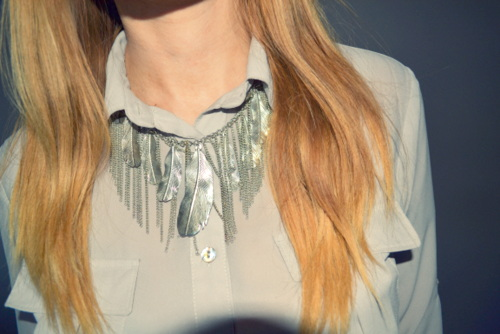 accessorize-silver-feather-necklace