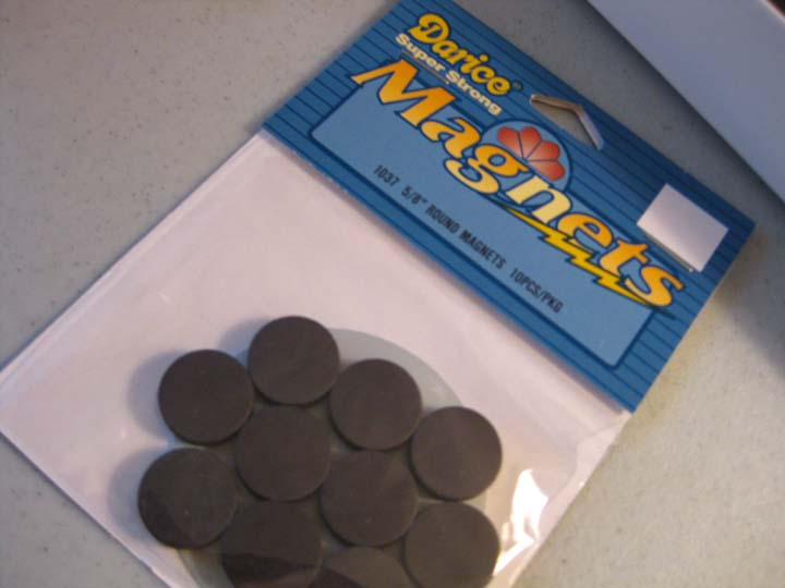 Sohl design magnets and craft night for Small round magnets crafts