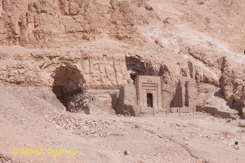 Caves and other structures to the side of the Hatshepsut mortuary temple, made in the limestone cliffs