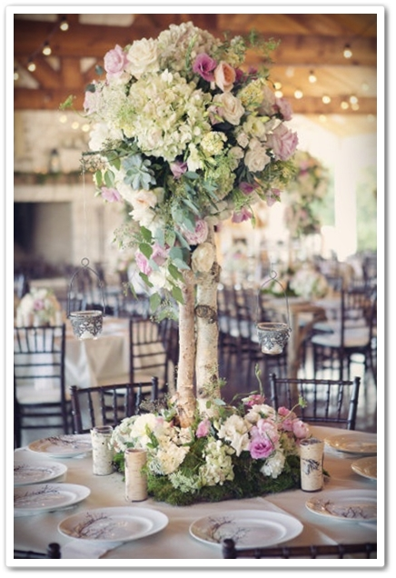 hög bordsdekoration, hög bordsdekoration bröllop, bröllop bordsdekoration björk
