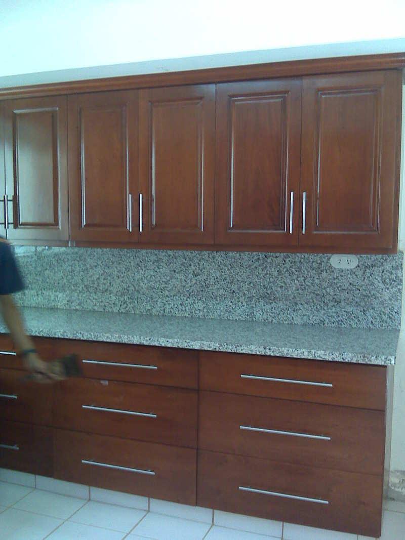 Gabinetes de cocina pisos de madera fotos for Gabinetes de madera para cocina