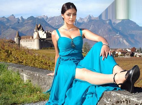 parvathi melton glamour  images