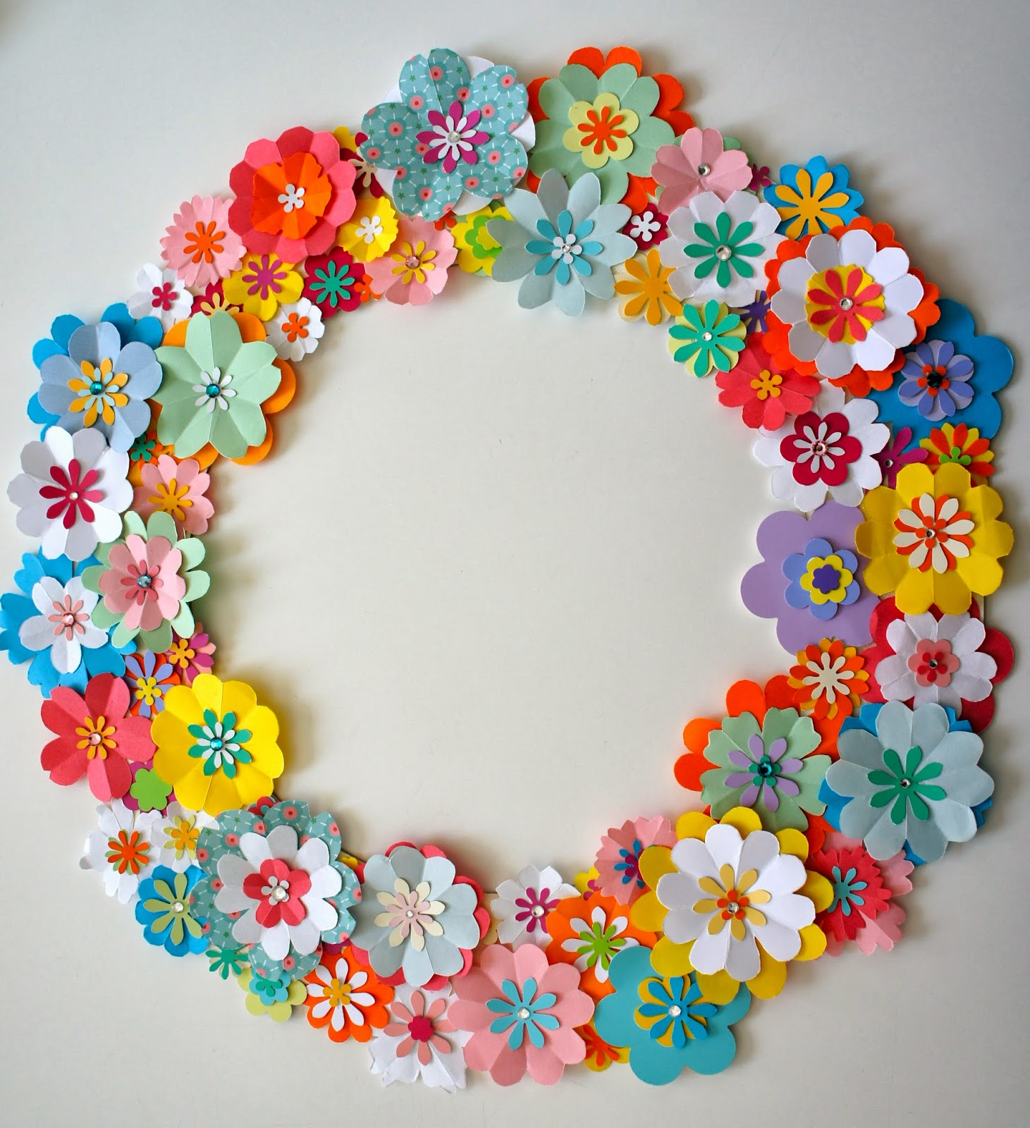 Ideas from the forest Wreath of paper flowers