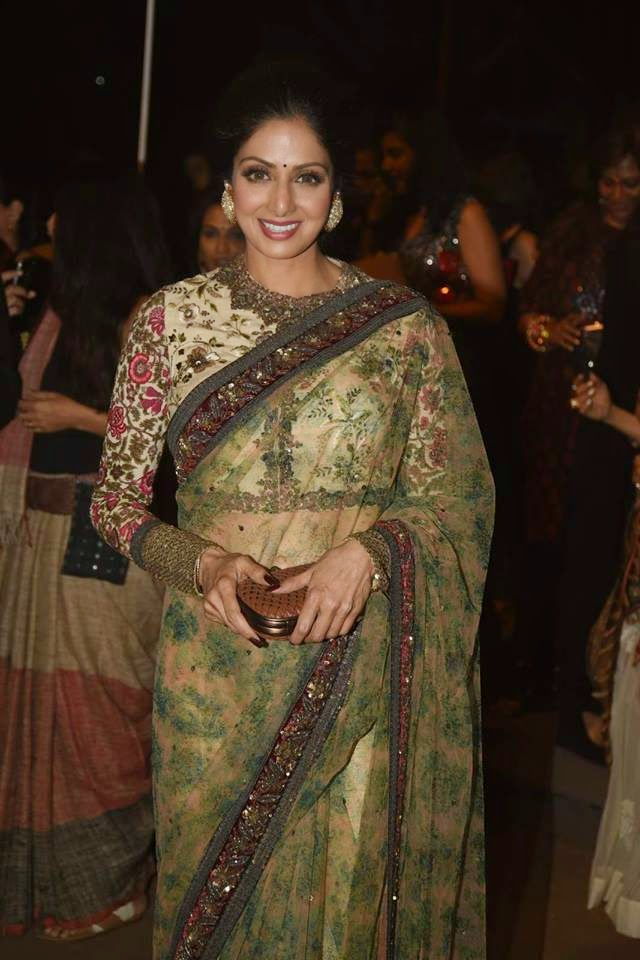 Sridevi, Rani, Deepika and Kalki at Sabyasachi Show LFW 2015