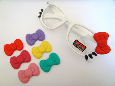 Hello Kitty cute glasses different colored bow