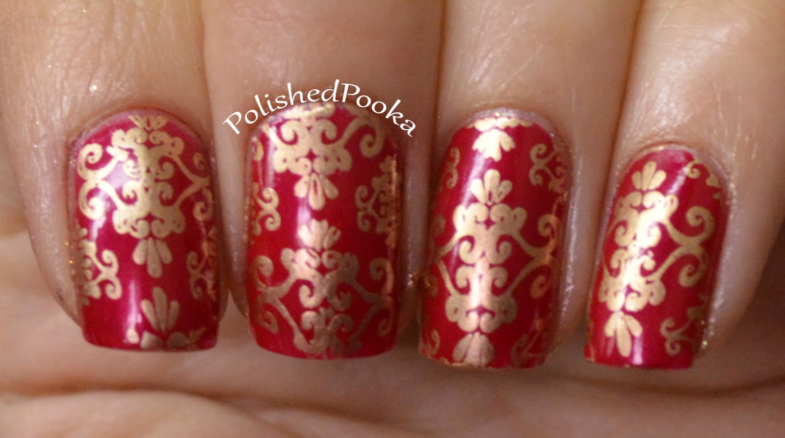 Polished pooka christmas ornament nails and giveaway day 2 d ok here is the ornament nail art i did with it does it look like a fancy christmas ball prinsesfo Gallery
