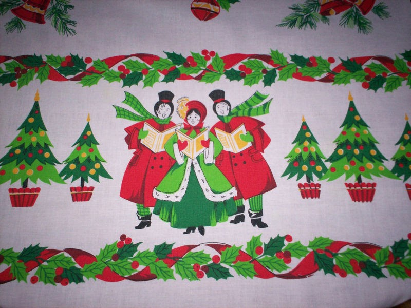Granny 39 s fabulous finds vintage christmas tablecloths for 12 days of christmas table cloth