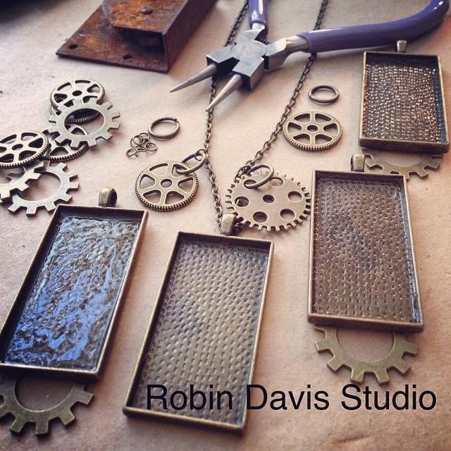 making Robot necklaces - Robin Davis Studio