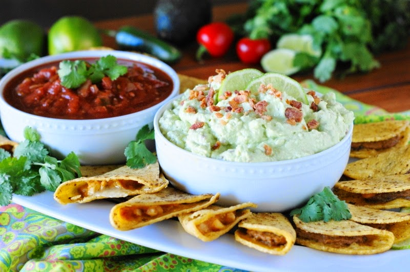 The Kitchen is My Playground: Creamy Bacon Guacamole Dip