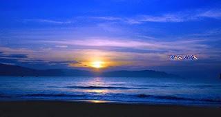 Sunrise di Pantai Sine.