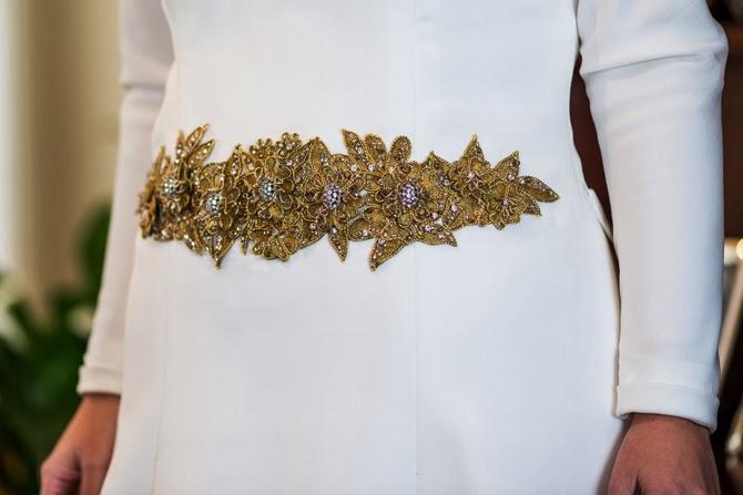 vestido-novia-cinturon-dorado